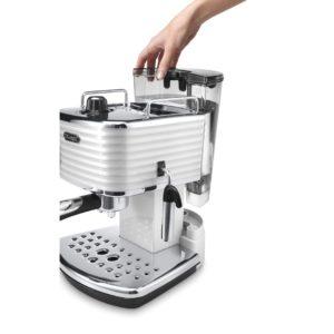 DeLonghi macchina caffè SCULTURA ECZ 351.W